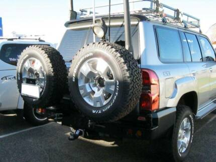 Dual Spare Wheel Carriers or Single/Jerry Rear Bar 4X4