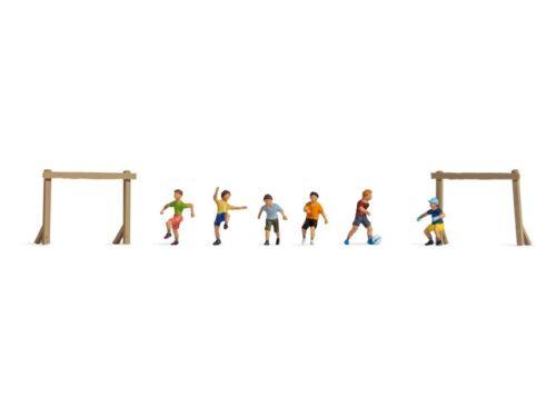 Noch 45817 Enfants Sur Terrain de Football, Figurines Voie Tt (1:120)