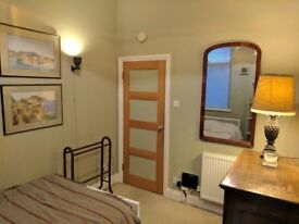 Room to Let, nr Hoxton station. in converted Pub