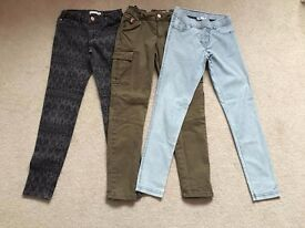 3 pairs of girls jeans age 9-10 years