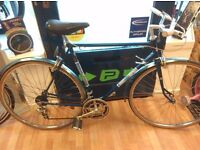 """Sun Gt10 hybrid 20"""" frame, road bike good condition working gears and brakes bike"""