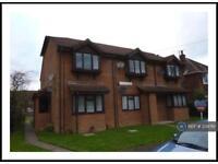 1 bedroom flat in Elmsleigh Road, Farnborough, GU14 (1 bed)