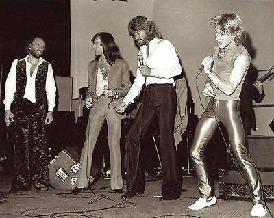 BEE GEES & ANDY GIBB IN CONCERT 8X10 MUSIC GLOSSY PHOTO - LOOK