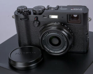 Fuji x100f - like new condition with box. new price