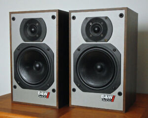 enceintes speakers B&W DM100i