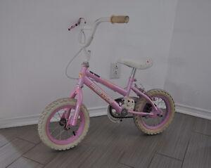 """Vélo pour fille roues 12 pouces / Girls bike 12"""""""
