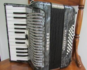 Hohner Student IVM accordion made in Germany
