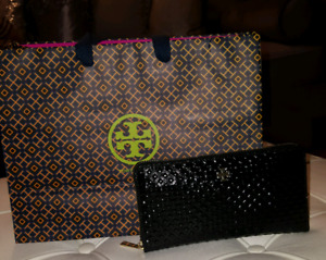 Authentic Tory Burch Marion multi gusset zip continental wallet