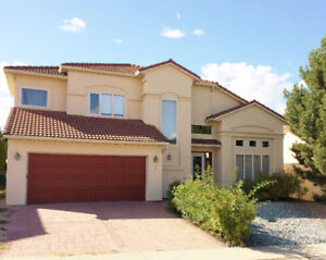 EXECUTIVE 5 BDRM FAMILY HOME AVAILABLE SEPT15th / OCT 1ST