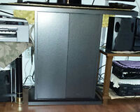 Cabinet pour television avec etagere/tv untis with shelving