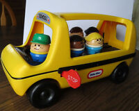 Little Tikes School Bus with 5 Toddle Tots