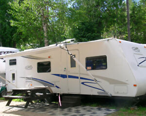 5th Wheels and Travel Trailers for sale