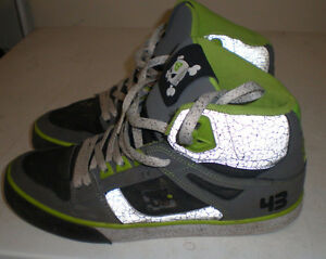 Size 9  DC Men's Hi - Tops shoes