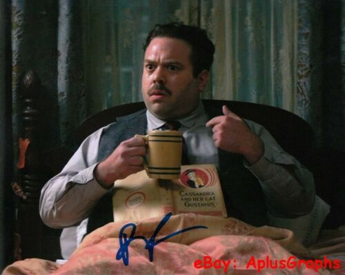 DAN FOGLER.. Fantastic Beasts And Where To Find Them - SIGNED