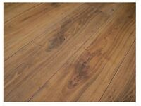 12mm Legacy Oak 4V-Groove Laminate Flooring AC5 (10.6 sqm)