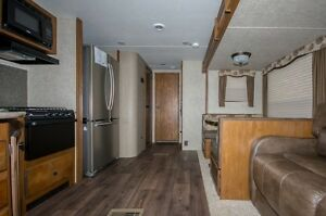 Keystone RV Sprinter 313BHS Moose Jaw Regina Area image 10