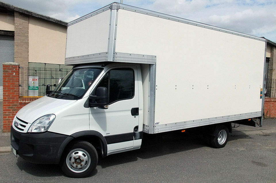 457747b6f4 LEWISHAM LARGE LUTON VAN TAIL LIFT man and van hire moves cheap furniture  peckham old kent road vans