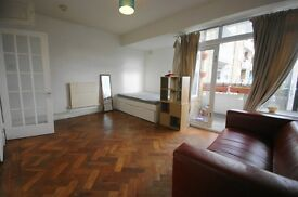 large studio in Camden available separate kitchen, private balcony available 10th September