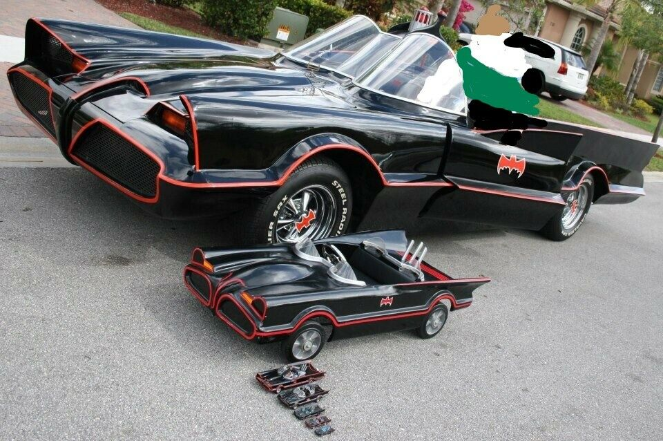 Photo Batmobile Vintage Pedal Car Body Fiberglass