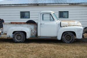 1954 FORD F100   LOOKING TO TRADE IT FOR SALE OR TRADE