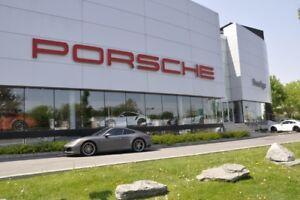 2017 Porsche 911 Carrera 4 Coupe Pre-owned vehicle 2017 Porsche