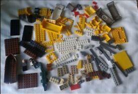 Lego bundle 300g mixed pieces,crocodile ,figures