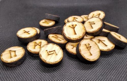 Oak Viking Rune Set, Elder Futhark Runes, Pocket Rune Set