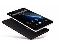 Dual SIM phone - 2GB RAM and 16GB storage space - black