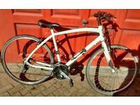 Specialized globe Vienna mens hybrid bike xl spares or repair