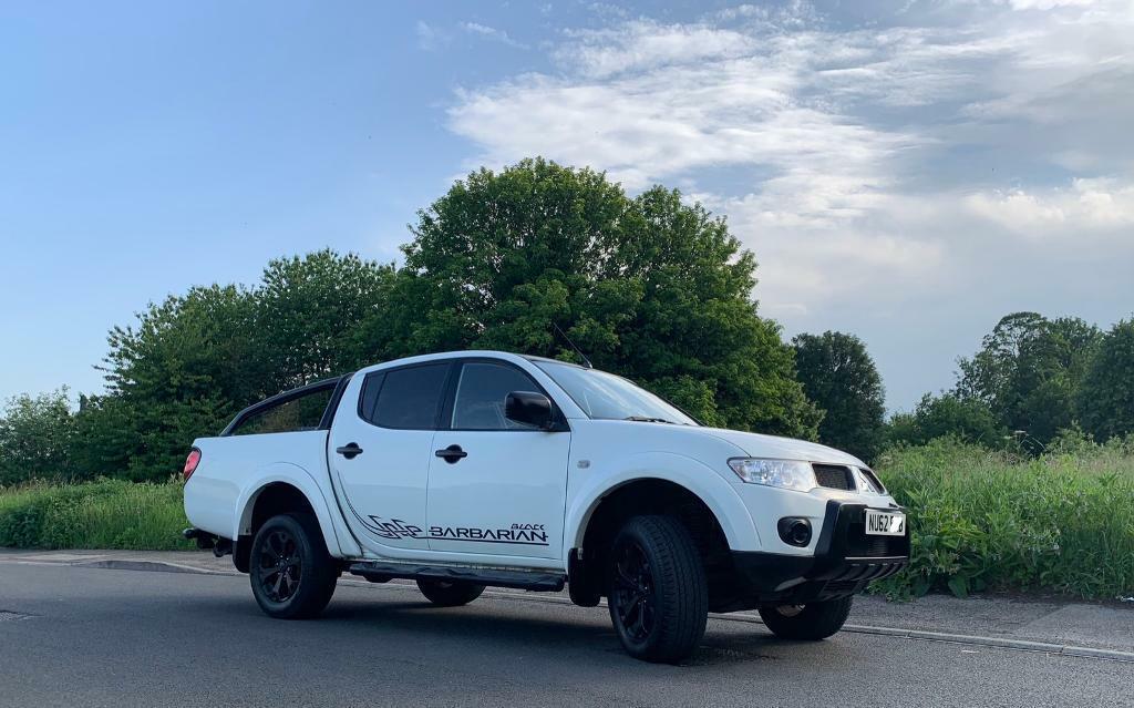 White Mitsubishi L200 Barbarian Black Edition 2012 2 5 DI-D Auto | in  Tadcaster, North Yorkshire | Gumtree