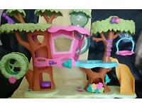 Littlest Pet Shop tree house