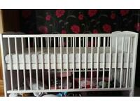 Cot bed (tatty teddy)