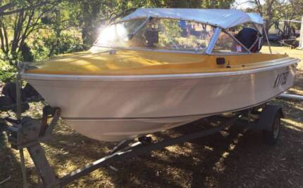 Haines Hunter V146R Runabout with 50hp Mercury and Trailer