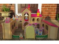 Beanstalk Wooden Fairy Castle with 13 characters & instructions Age 3+ 68cmx53cm