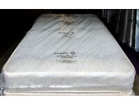 5 ft Kingsize Luxury Tufted Mattress Brand New and Wrapped