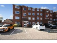 2 bedroom flat in Makepeace Road, Northolt, UB5 (2 bed) (#1156089)
