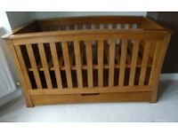 Mamas and Papas Ocean Cot Bed (Dark Oak)