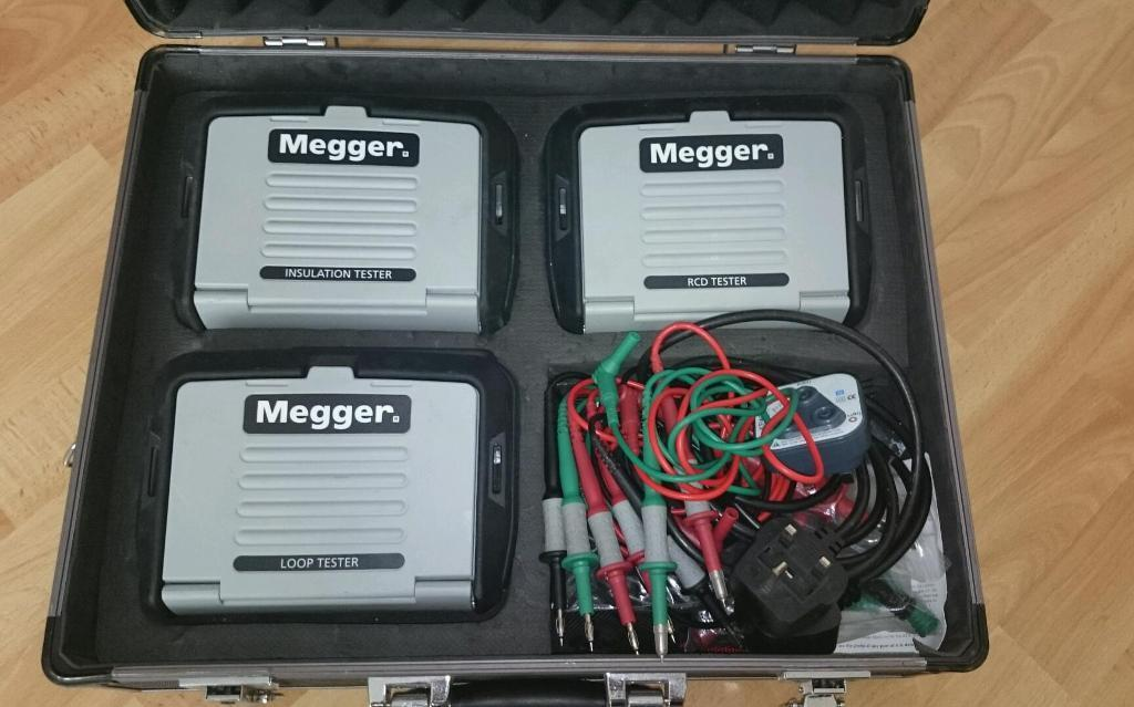Megger Test Kit full kit plus accessories and carry case | in ...