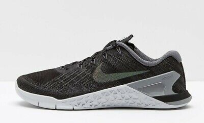 Wmns Nike Metcon 3 MTLC UK 8 EUR 42.5 Black Metallic Sliver Grey 922880 001