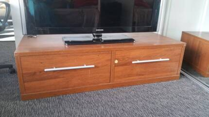 Solid Wood TV Bench