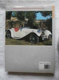 Classic Cars Book-The World's Finest Designs