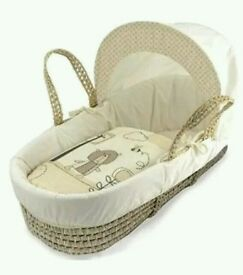 Kinder valley Tiny Ted moses basket. Cream. Brand new in sealed packs. 2 left only.