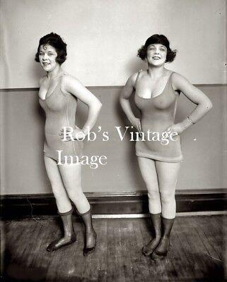 Daring Flapper Girls Swimsuits Photo 1928 Jazz Prohibition era Roaring 20s - Flapper Girls