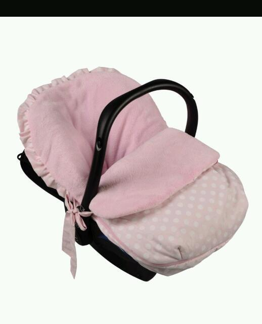 Car seat cosy toes | in Tulli, Clackmannanshire | Gumtree