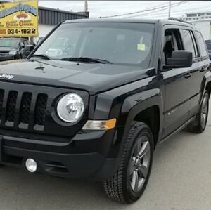 2015 Jeep Patriot High Altitude leather/heated seats sunroof 4x4