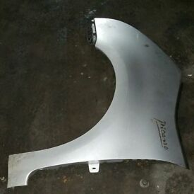 Citroen C4 Grand Picasso N/S Front Wing In Silver (2007)