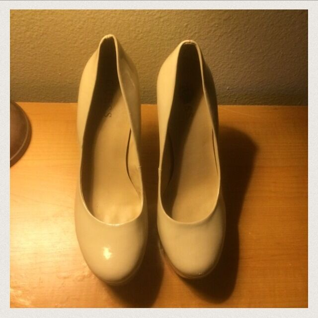 1f07b19bc17 Second-Hand-Shoes-Online-