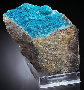 LANGITE-intensive-blue-crystals-RARE-SLOVAKIA-ae164