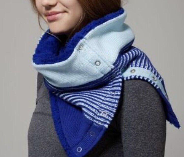 Ivivva Snow Salutation Reversible Knit And Sherpa Scarf Caspian Blue Girl's OS