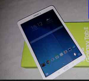 "Tablet Samsung Galaxy Tab E 9.6"" 16GB Android 5.0 Lollipop"